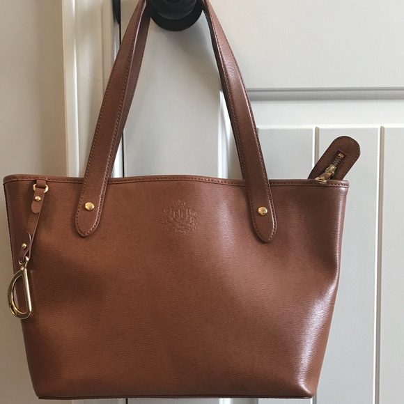 118fe4f30f4c Lauren Ralph Lauren Handbags - Ralph Lauren brown leather purse